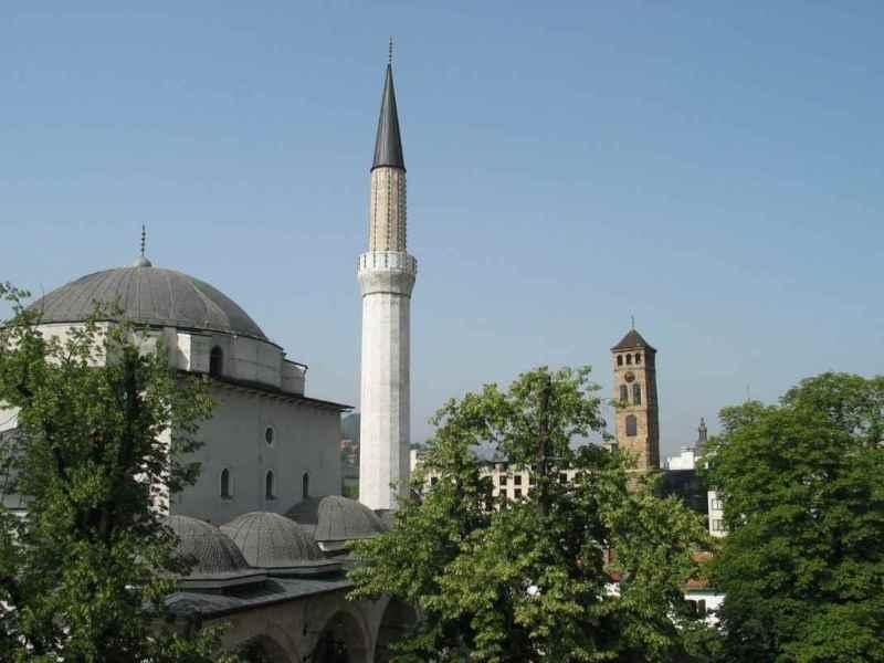 gazi-husrev-bey-mosque-in-sarajevo-bosnia-and-herzegovina-04