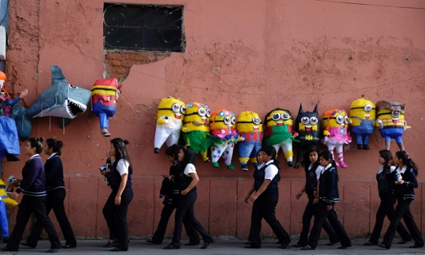 Minions shaped pinatas because why the hell not!