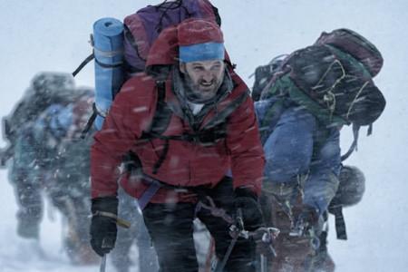 Everest-Film-450x300